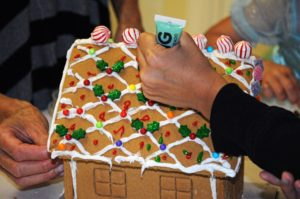 """Alpha Kappa Psi Hosts """"Gingerbread House For A Cause"""""""
